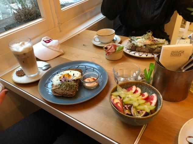 Bruges_Cafe.jpg